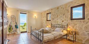 Mediterranean villa with pool and sea views in Colonia San Pere (Thumbnail 7)