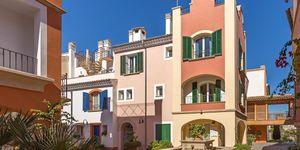 Reihenhaus in Portocolom - Erstklassige Immobilie mit Teilmeerblick in mediterraner Anlage (Thumbnail 2)