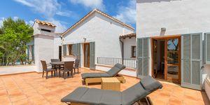 Nova Santa Ponsa: Luxury villa with sea views (Thumbnail 9)