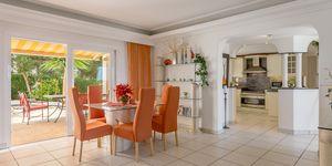 Villa in Santa Ponsa - Anwesen mit schönem Meerblick und Gästeapartment (Thumbnail 5)