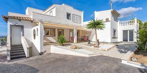 Villa in Santa Ponsa - Anwesen mit schönem Meerblick und Gästeapartment (Thumbnail 10)