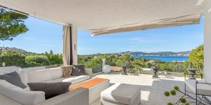 Meerblick Villa mit Gaesteapartment und vielen Terrassen in Santa Ponsa (Thumbnail 1)
