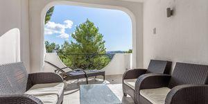 Modern renovated sea view property in Costa de la Calma (Thumbnail 3)