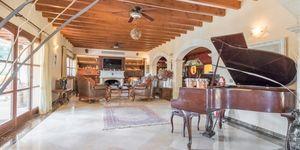 Luxus-Villa am Yachthafen von Puerto Portals mit einzigartiger Ausstattung (Thumbnail 4)