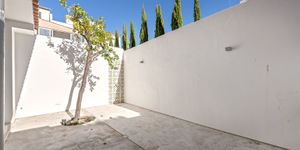 Apartment with private terrace in Santa Catalina, Palma (Thumbnail 4)