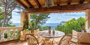 Villa in Costa de la Calma - Sanierungsobjekt in erster Meereslinie (Thumbnail 1)