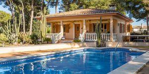 Villa in El Toro - Gepflegtes Chalet mit großem Garten und Pool (Thumbnail 1)