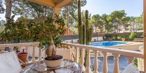 Villa in El Toro - Gepflegtes Chalet mit großem Garten und Pool (Thumbnail 2)