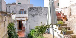 Renoviertes Stadthaus mit mediterranem Garten und traumhaftem Ausblick (Thumbnail 2)