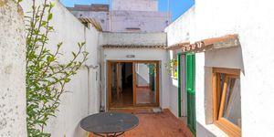 Renoviertes Stadthaus mit mediterranem Garten und traumhaftem Ausblick (Thumbnail 1)