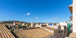 Renoviertes Stadthaus mit mediterranem Garten und traumhaftem Ausblick (Thumbnail 3)