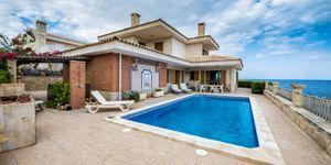 Villa in erster Meereslinie in Portocristo mit Lizenz zur Ferienvermietung (Thumbnail 2)
