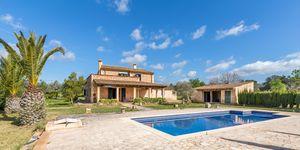 Stilvolle Finca nahe Campos mit Pool und Panoramablick (Thumbnail 1)