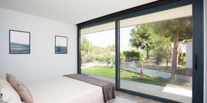 Modern new build villa with pool in Santa Ponsa (Thumbnail 8)