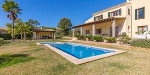 Mediterranes Anwesen unweit zum Golfplatz und Port Adriano (Thumbnail 2)