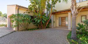 Villa in Südlage unweit zu Port Adriano - Ferienvermietung (Thumbnail 8)