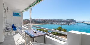 Stylisches Meerblick Apartment bei Port Adriano in erster Meereslinie (Thumbnail 5)