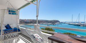 Stylisches Meerblick Apartment bei Port Adriano in erster Meereslinie (Thumbnail 1)