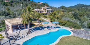 Působivý venkovský dům s bazénem a výhledem na moře v Es Carritxo, Malorka (Thumbnail 1)