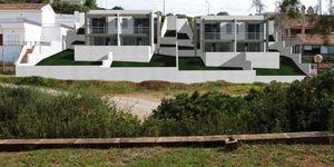 Moderne Neubau-Doppelhaushälfte mit eigenem Pool und Meerblick in Cala Mandia (Thumbnail 3)