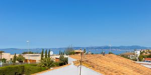 Villa in second sea line in Sa Torre for sale (Thumbnail 2)