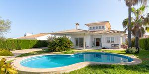 Villa in zweiter Meereslinie an Mallorcas Südküste (Thumbnail 1)