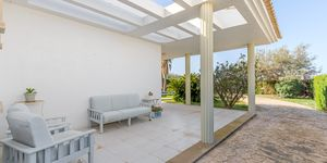 Villa in second sea line in Sa Torre for sale (Thumbnail 5)