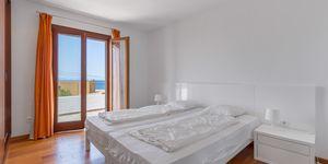 Villa im modernen Baustil in 2. Meereslinie mit Ferien-Vermietungslizenz (Thumbnail 6)
