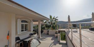 Moderní vila s bazénem v žádané lokalitě v Bendinat, Malorka (Thumbnail 10)
