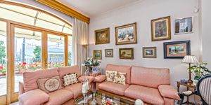 Villa in Palma - historisches Anwesen mit Top Meerblick (Thumbnail 5)
