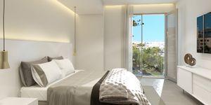 Luxurious apartment with harbor views in Palma de Mallorca (Thumbnail 1)