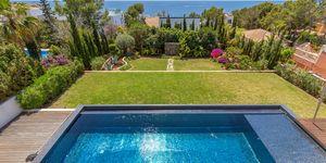 Villa in Santa Ponsa - Modernes Anwesen mit traumhaftem Meerblick (Thumbnail 1)