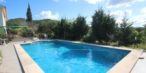 Finca with pool near Porreres with panoramic landscape views (Thumbnail 4)