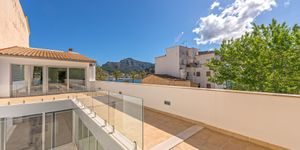 Modern house with perfect sea views in Soller (Thumbnail 9)