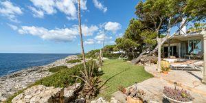 Středomořská vila v první linii s výhledem na moře v klidné lokalitě, Portopetro, Malorka (Thumbnail 3)