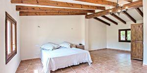 Finca in Esporles - Anwesen mit Gästehaus mit Panoramablick (Thumbnail 5)