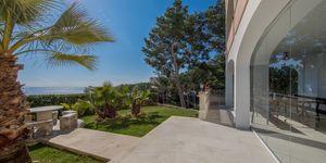 Luxusní apartmán se zahradou a krásným výhledem na moře v Cala Vinyas, Malorka (Thumbnail 1)