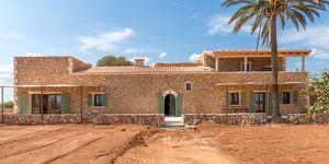 Komplett renovierte rustikale Finca in Campos mit eigenem Brunnen (Thumbnail 1)