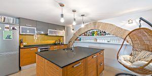 Renoviertes Duplexapartment in renoviertem Altstadt-Gebäude in Palma (Thumbnail 2)