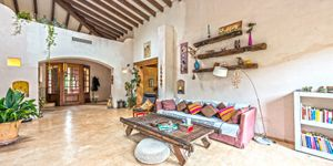 Rustic finca in Esporles with guest house (Thumbnail 3)