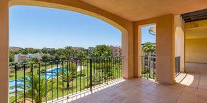 Penthouse in Santa Ponsa - Große Wohnung mit Teilmeerblick von der Dachterrasse (Thumbnail 1)