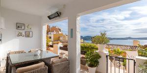 Renovovaný apartmán s výhledem na moře v Cala Fornells (Thumbnail 1)