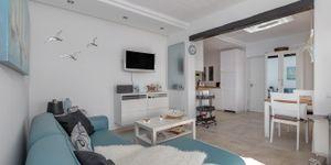 Renovovaný apartmán s výhledem na moře v Cala Fornells (Thumbnail 3)