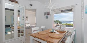 Renovovaný apartmán s výhledem na moře v Cala Fornells (Thumbnail 5)