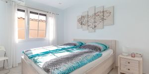 Renovated apartment with sea views in Cala Fornells (Thumbnail 8)