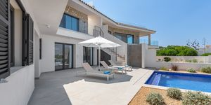Newly built terraced house with pool and amazing sea view (Thumbnail 10)