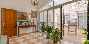 Townhouse in Felanitx - centrally located manor house with courtyard (Thumbnail 10)