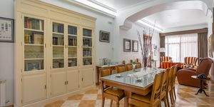 Townhouse in Felanitx - centrally located manor house with courtyard (Thumbnail 8)