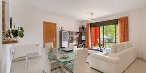 Holiday apartment in well maintained complex close to the beach in Santa Ponsa (Thumbnail 3)