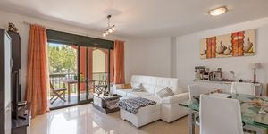 Holiday apartment in well maintained complex close to the beach in Santa Ponsa (Thumbnail 4)
